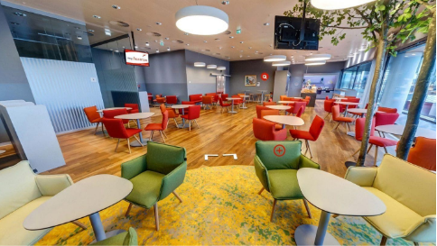 Austrian Airlines Business and First Class Lounge